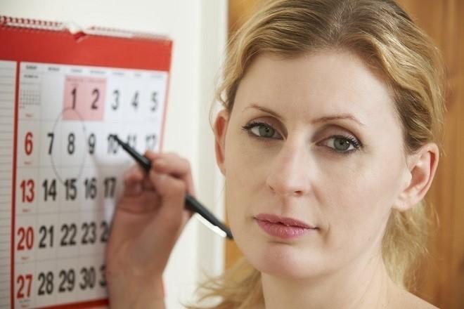 Nhiều chị em phụ nữ khi bị trễ kinh 10 ngày thường rất lo lắng