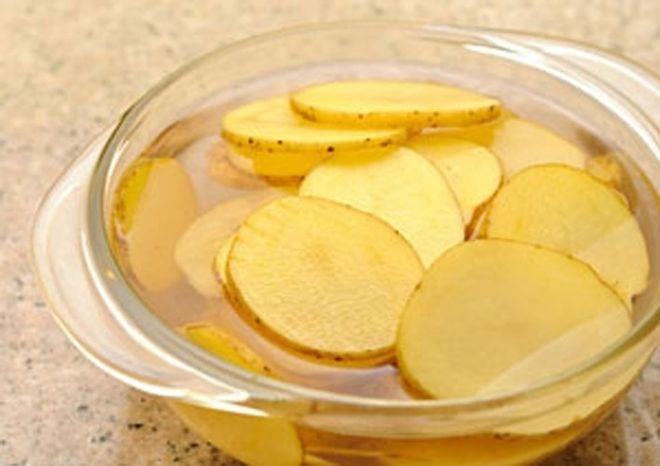 cách hạ sốt bằng khoai tây rất đơn giản nhưng lại hiệu quả cao