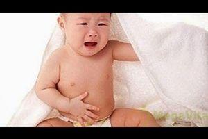 Trẻ sơ sinh bị sôi bụng nguyên nhân và cách điều trị
