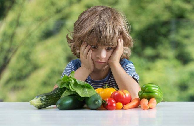 trẻ không ăn đa dạng các loại thức ăn