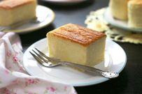 Cách làm bánh bông lan thơm ngon tại nhà bằng nồi cơm điện hoặc lò vi sóng