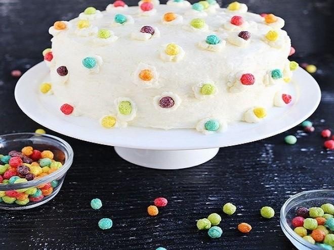 trang trí bánh kem bằng kẹo