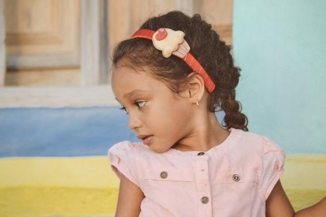 Trẻ không giao tiếp mắt khi trò chuyện