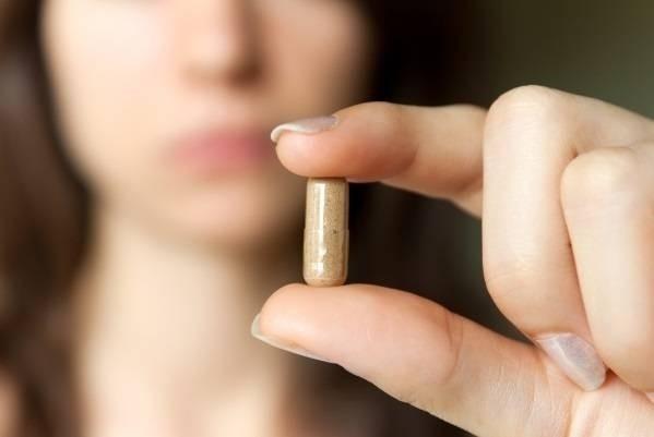 Thai nhi chịu ảnh hưởng gì khi mẹ bầu dùng thuốc