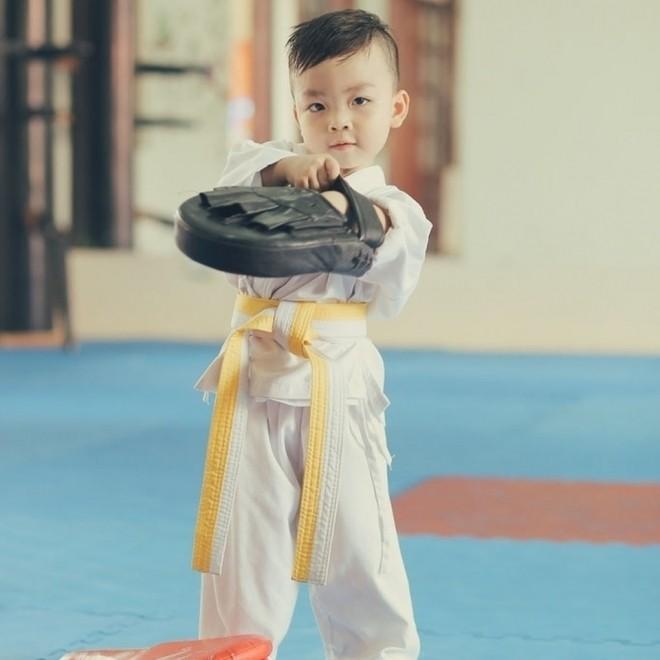 Học võ giúp con khỏe mạnh