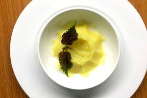 Táo và khoai lang nghiền - Món ăn dặm cho bé