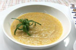 Cháo lươn cà rốt - Món ăn cho bé bắt đầu tập làm quen với các thực phẩm có mùi tanh