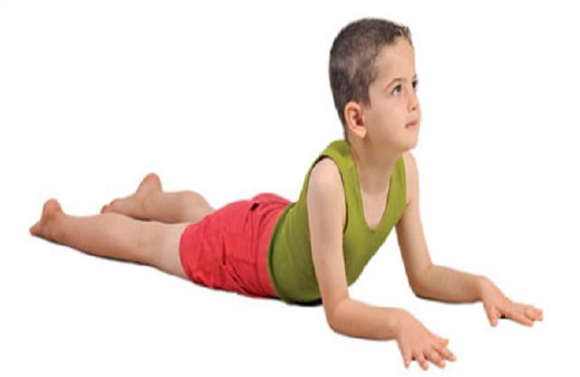 Bài tập rắn hổ mang giúp bé tăng chiều cao trong 1 tháng