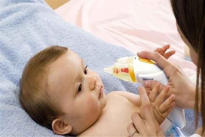 máy hút mũi trẻ em loại nào tốt là câu hỏi được nhiều bậc phụ huynh đặc biệt quan tâm