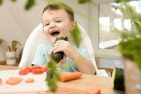 Chăm sóc răng sữa đúng cách cho trẻ lên 3