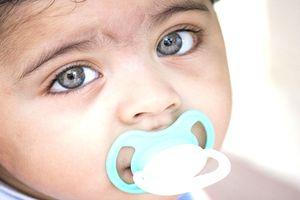 Tổng hợp các cách giúp mẹ cai sữa thành công cho trẻ
