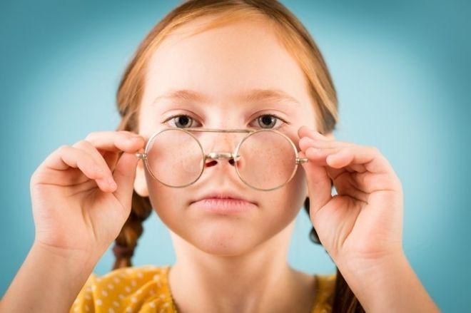 phân biệt loạn thị và cận thị