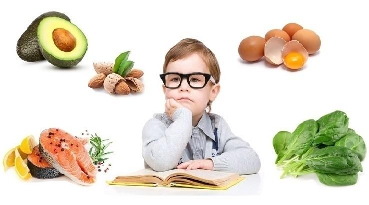 thực phẩm tốt cho mắt bé