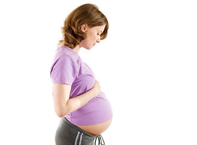 5 điều mẹ bầu cần biết về hiện tượng rỉ nước ối nếu không muốn con sinh non, nuôi khó