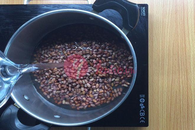 Nấu đậu đỏ
