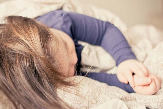 Nơi ngủ an toàn cho trẻ khi đi du lịch