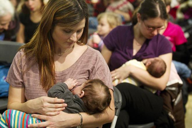 WHO kêu gọi mọi cơ sở y tế cung cấp dịch vụ chăm sóc sức khỏe sản phụ và trẻ sơ sinh thực hiện 10 bước giúp nuôi con bằng sữa mẹ thành công