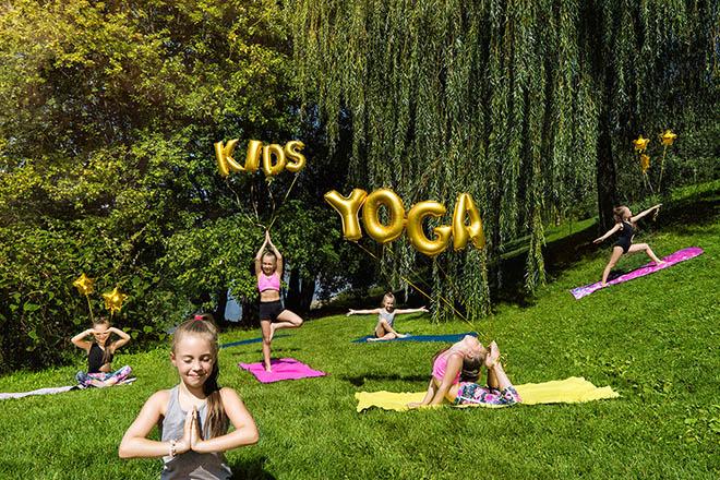 Yoga rất có lợi cho sự phát triển chiều cao của trẻ.