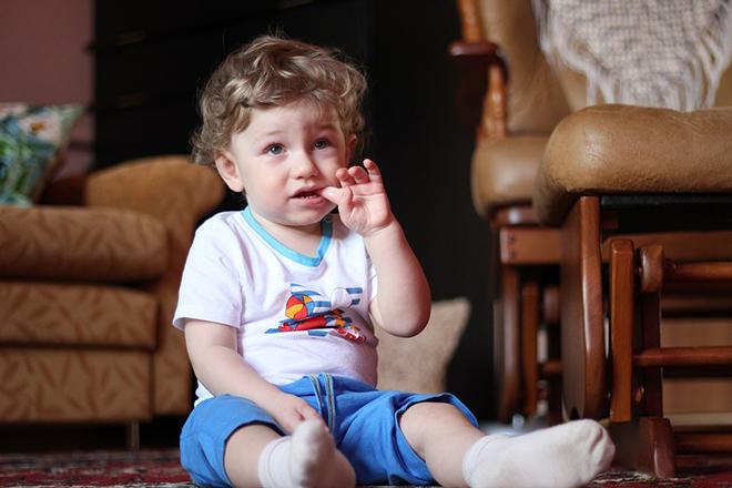 Trẻ 1-3 tuổi dễ e dè và sợ hãi