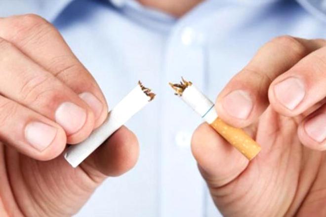 Chồng bạn cần bỏ thuốc lá