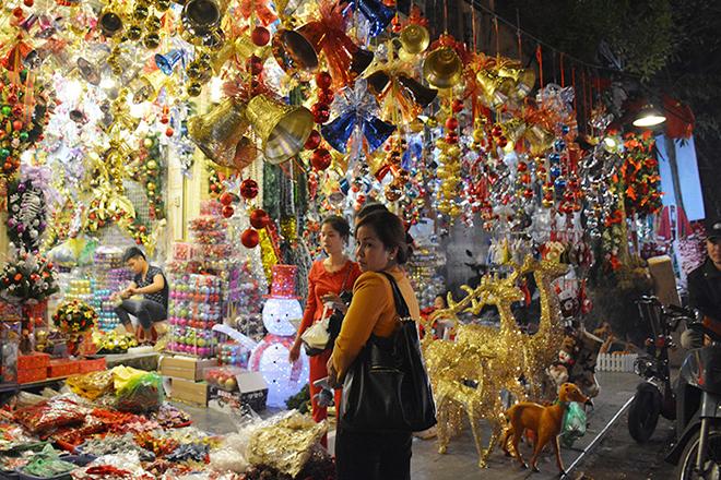 Phố Hàng Mã Hà Nội Noel 2018