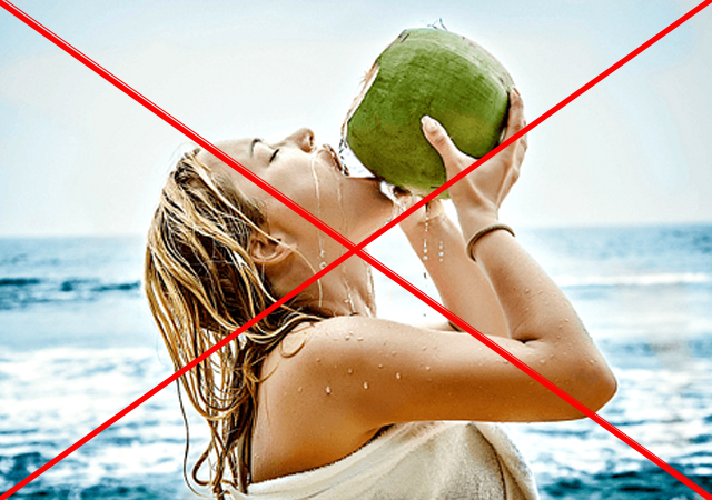 không uống nước dừa sau khi tắm