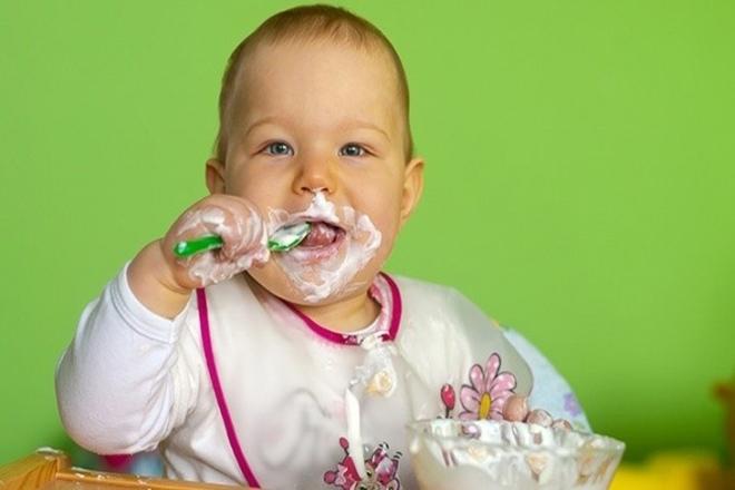 Ăn sữa chua tốt cho hệ đường ruột của bé