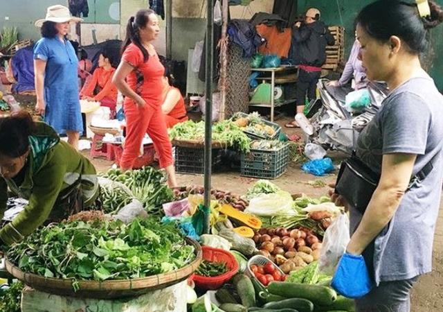 không mua các loại rau củ thái sẵn ở chợ