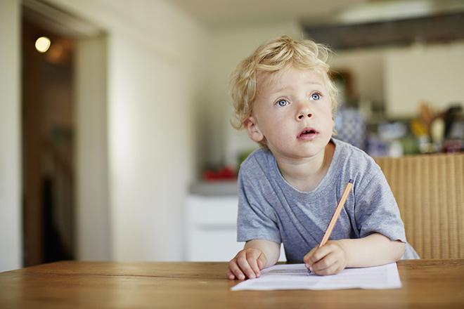 Làm việc nhà giúp trẻ xây dựng nguyên tắc làm việc nghiêm túc