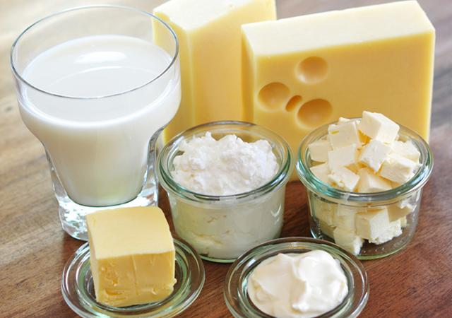 sữa và phô mai