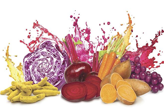 Dùng rau củ quả để tạo màu đẹp cho mứt dừa ngũ sắc