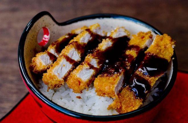 Thịt chiên xù kiểu Nhật