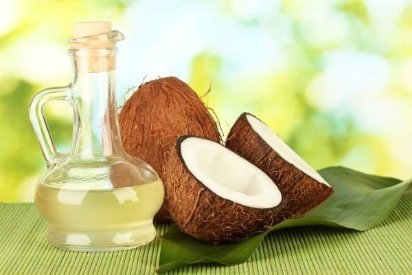 Mặt nạ tự nhiên cho da khô từ dầu dừa