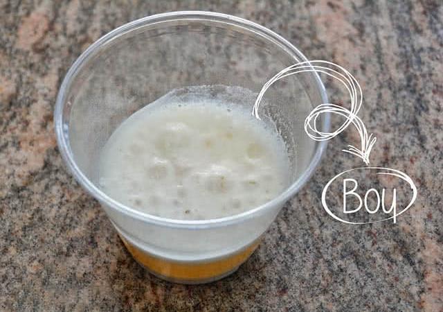 bột baking soda và nước tiểu