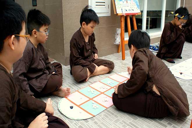Trò chơi Ô ăn quan giúp trẻ phát triển trí thông minh