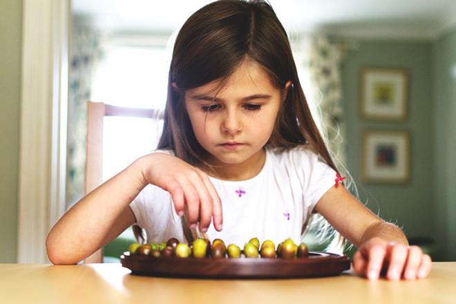Trẻ biếng ăn nên bổ sung gì
