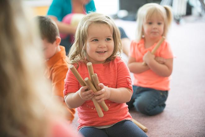 Trẻ thuộc giai điệu quen thuộc