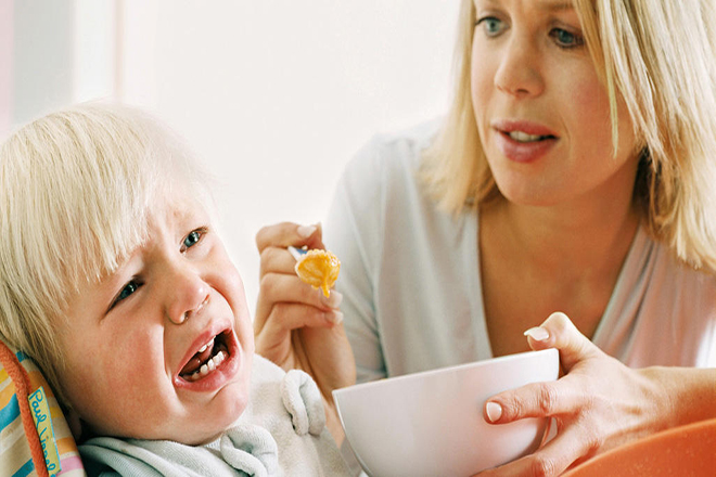 Trẻ biếng ăn do cảm giác sợ hãi