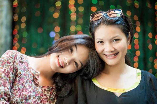 Diễn viên Kiều Trinh và con gái