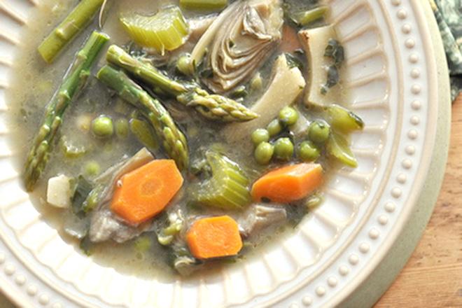 Canh măng tây rau củ