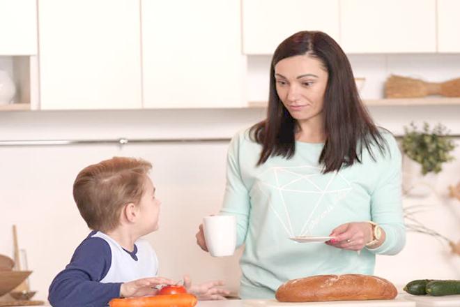 Xử lý đúng hướng nếu con bạn bị rối loạn ăn uống. Ảnh Internet