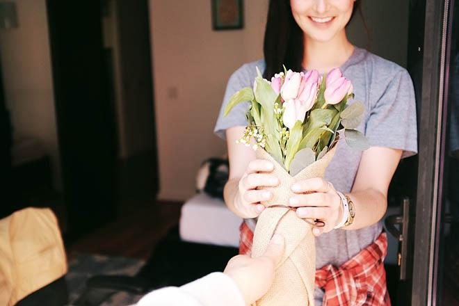Tặng mẹ hoa tulip