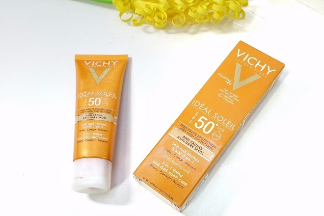 Kem chống nắng Vichy Ideal Soleil 3 in 1 Anti dark Spots Care