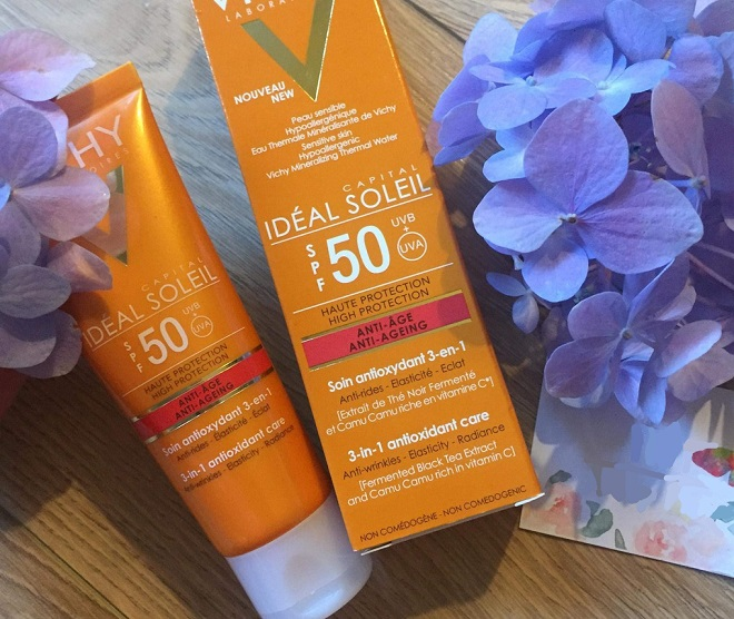 Kem chống nắng Vichy Ideal Soleil 3 in 1 Antioxidant Care
