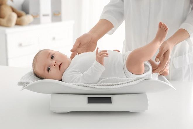 cách đo cân nặng