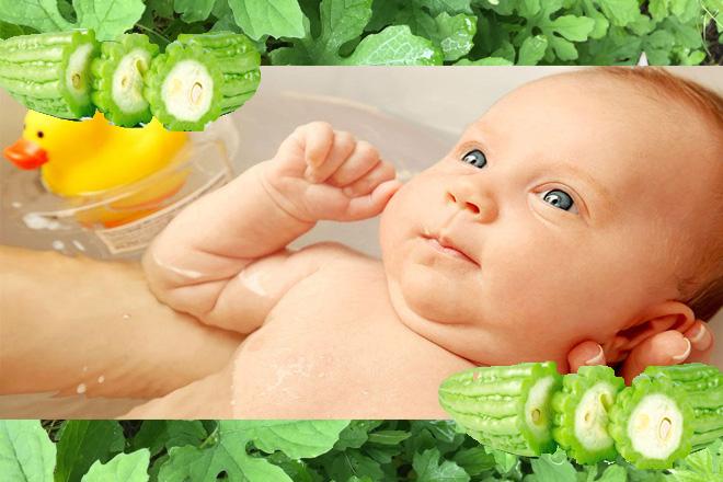 Cách tắm mướp đắng cho trẻ sơ sinh