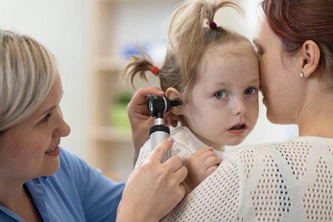 Nhiễm trùng tai ở trẻ