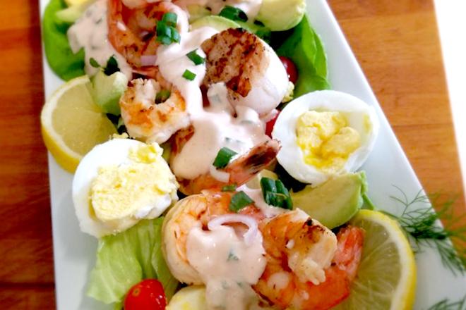 Salad tôm nướng một trong các món ăn mùa hè rất hấp dẫn
