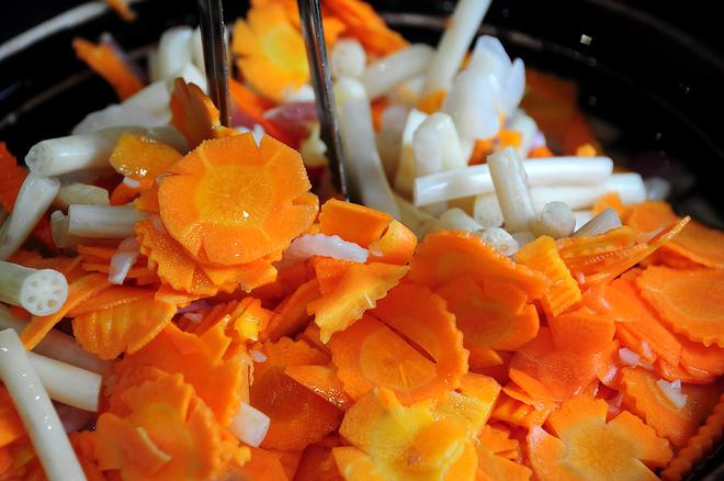 đồ chua ăn cơm tấm