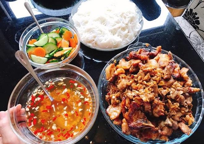 cách ướp thịt ăn bún thịt nướng